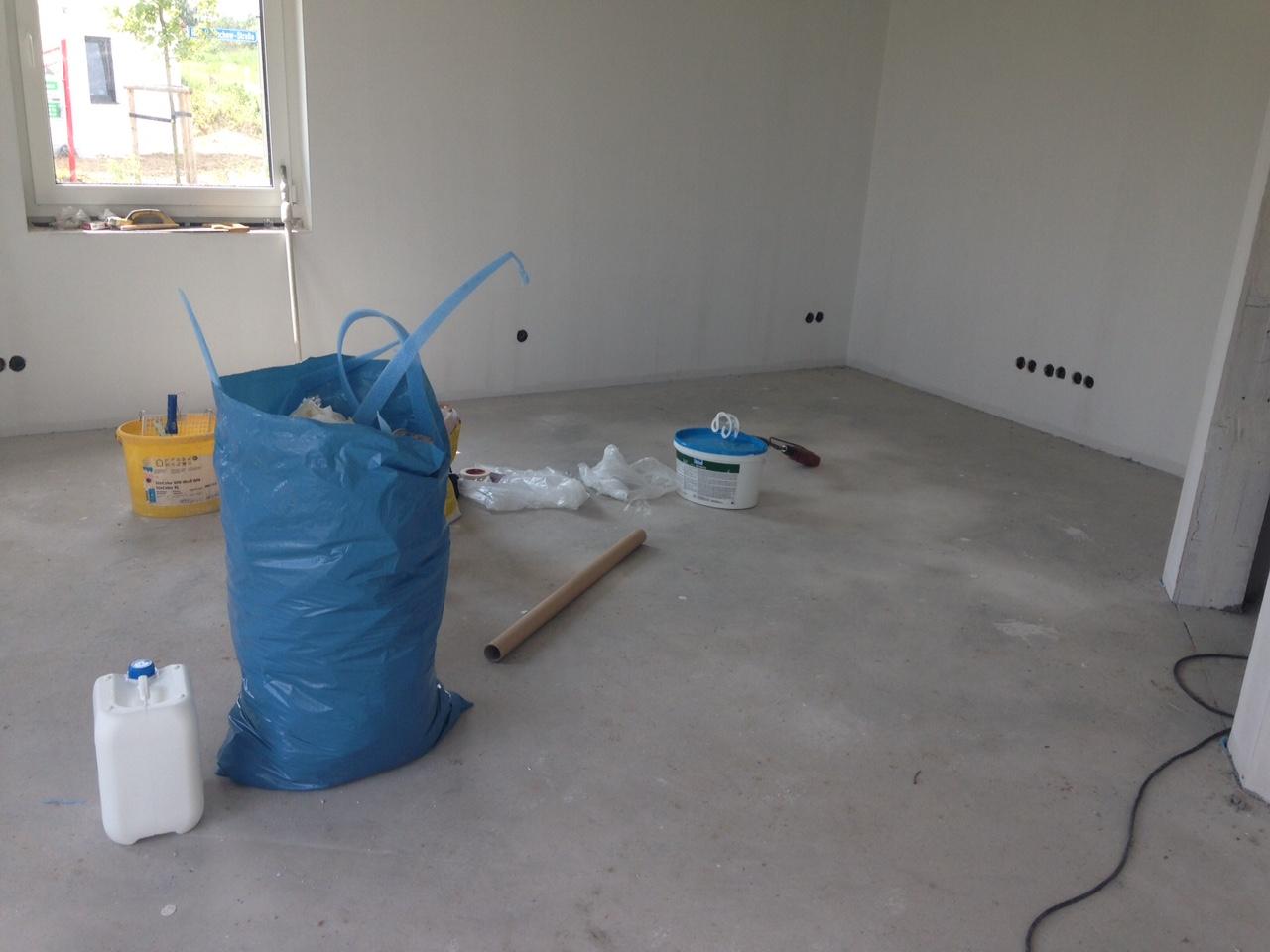 kw 26/27 – estrich, heizung, maler | wir bauen eine villa
