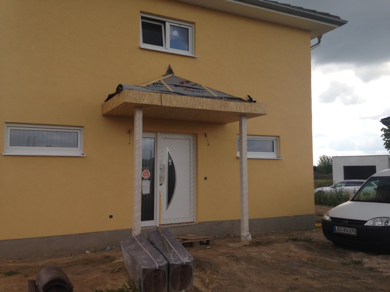 kw 28 vorbau wir bauen eine villa. Black Bedroom Furniture Sets. Home Design Ideas