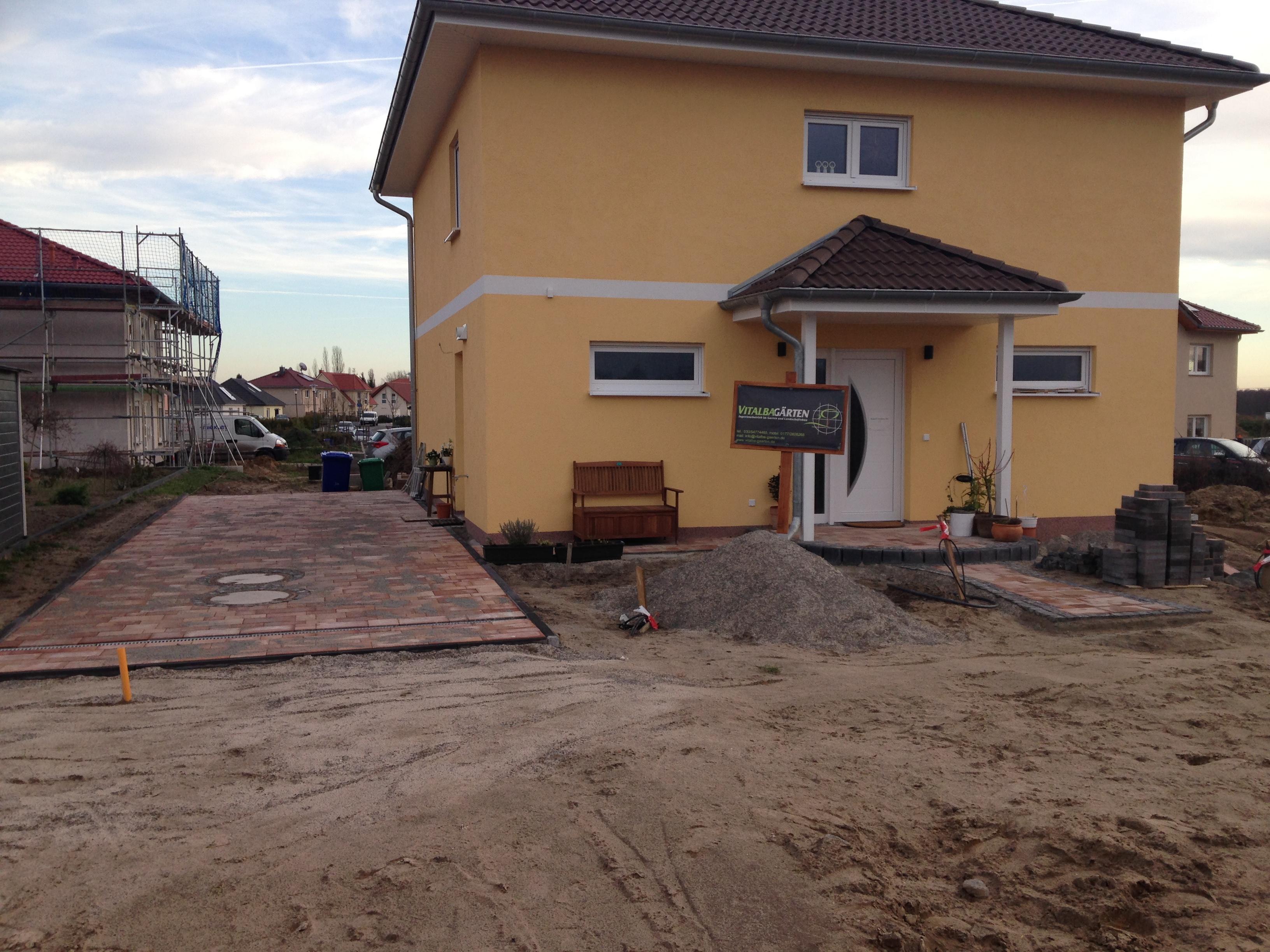 alle wege f hren zum haus wir bauen eine villa. Black Bedroom Furniture Sets. Home Design Ideas